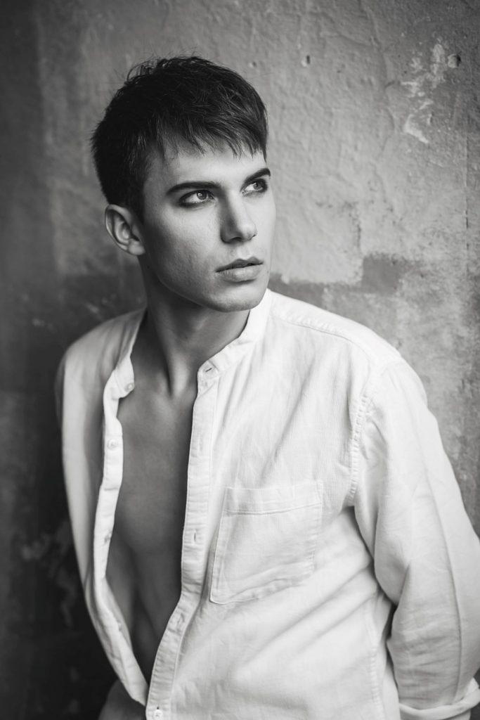 Model: Szymon Kowalczyk<br>MUA: Joanna Huczko